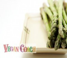 A plate of cooked asparagus