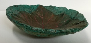 Sweet potato leaf round bowl side view