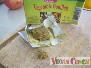 Veggie cube with about 1/8 teaspoon removed